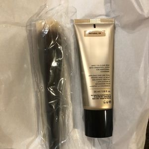 bareMinerals Makeup - NWT BareMinerals Complexion Rescue and Brush Kit